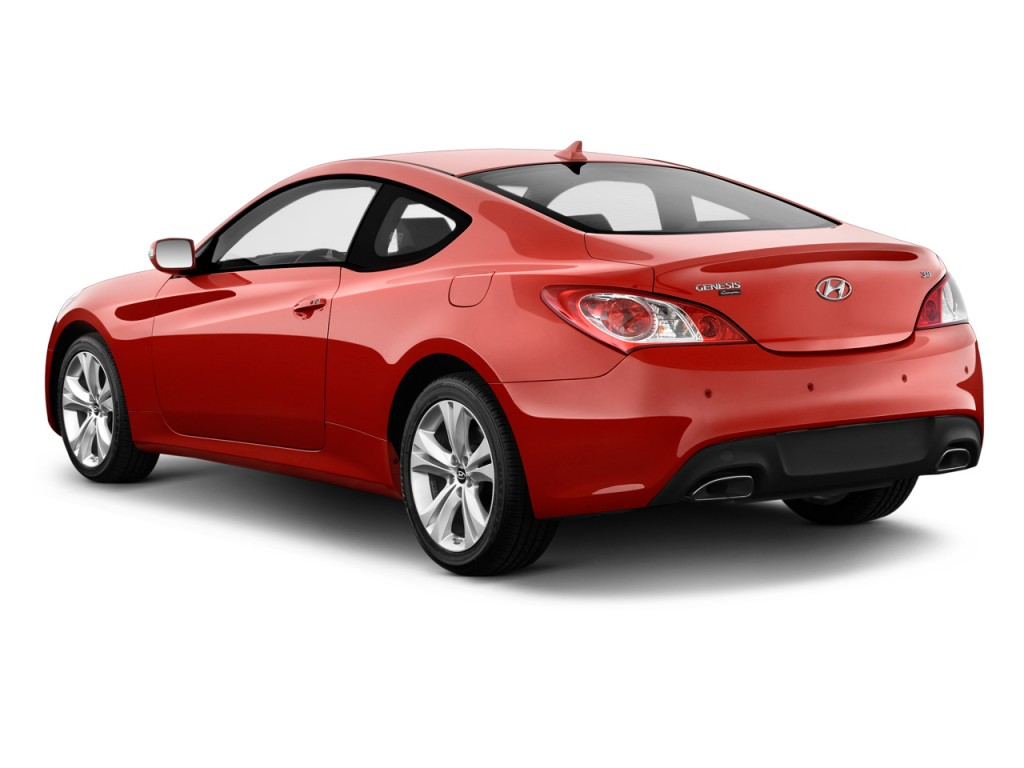 Image 2010 Hyundai Genesis Coupe 2 Door 3 8l Man Grand Touring Angular Rear Exterior View Size