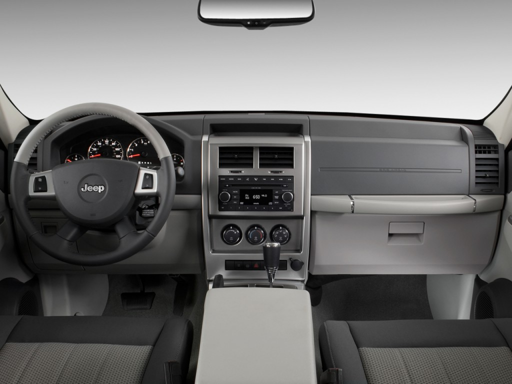 image 2010 jeep liberty rwd 4 door limited dashboard. Black Bedroom Furniture Sets. Home Design Ideas