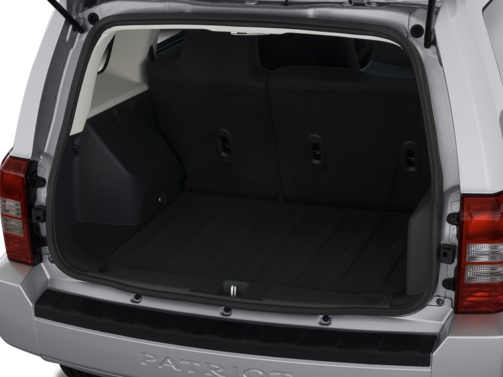 Image: 2010 Jeep Patriot FWD 4-door Sport Trunk, size ...