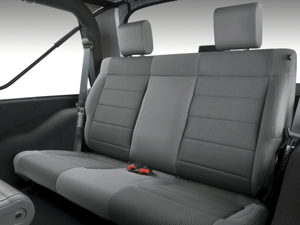 image 2010 jeep wrangler 4wd 2 door rubicon rear seats size 1024 x 768 type gif posted on. Black Bedroom Furniture Sets. Home Design Ideas