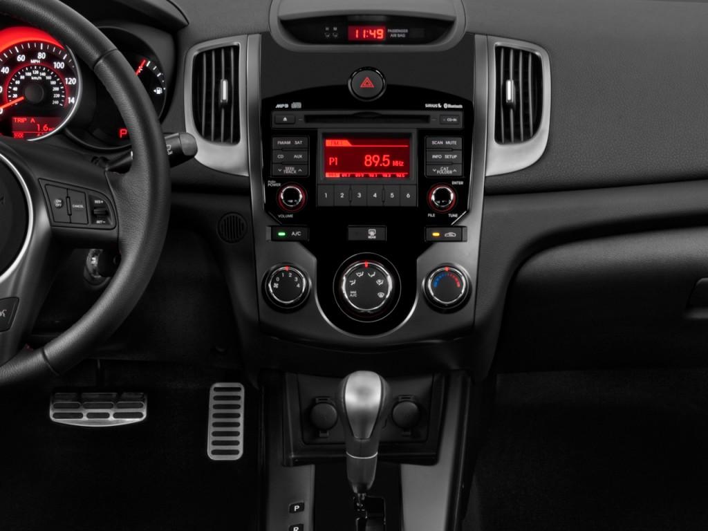 Image 2010 Kia Forte Koup 2 Door Coupe Auto Sx Instrument