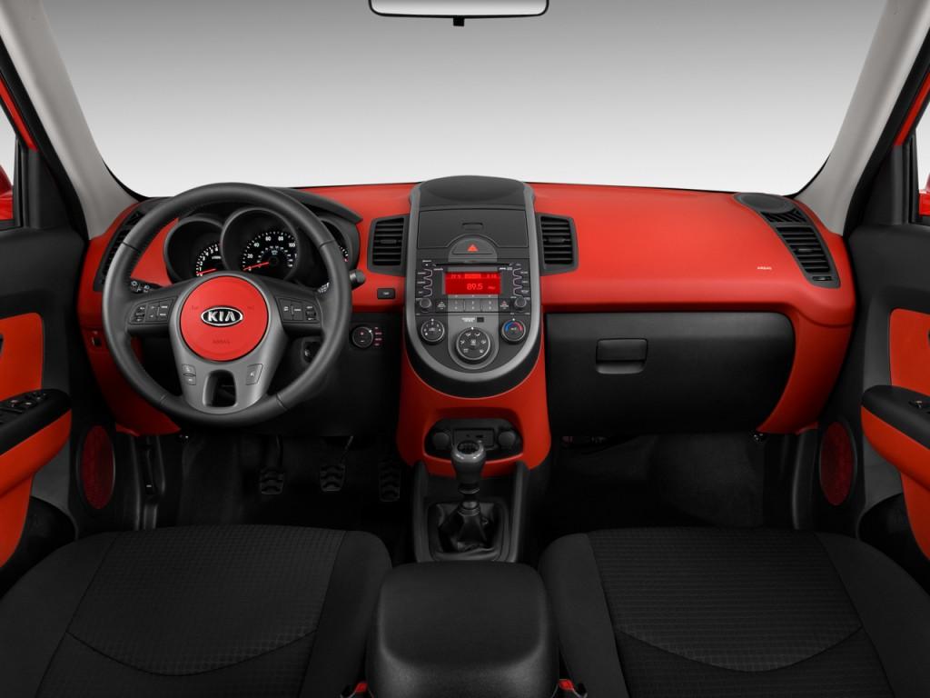 Image: 2010 Kia Soul 5dr Wagon Auto Sport Dashboard, size ...