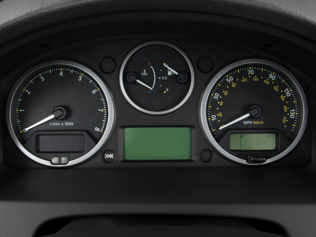 Image 2010 Land Rover Lr2 Awd 4 Door Hse Instrument