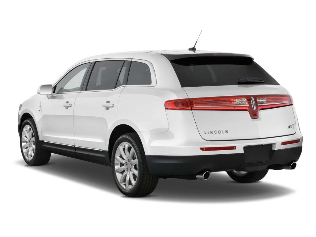 2010 Lincoln MKT 4-door Wagon 3.7L FWD Angular Rear Exterior View
