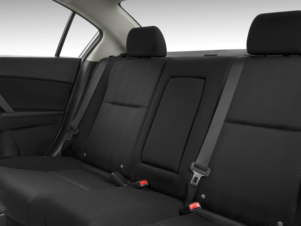 Image 2010 Mazda Mazda3 4 Door Sedan Auto I Sport Rear Seats Size 1024 X 768 Type Gif