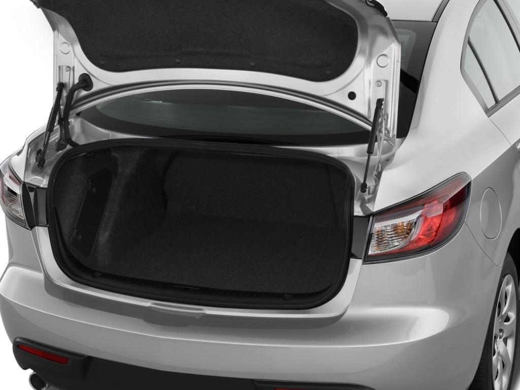 https://images.hgmsites.net/lrg/2010-mazda-mazda3-4-door-sedan-auto-i-sport-trunk_100235790_l.jpg