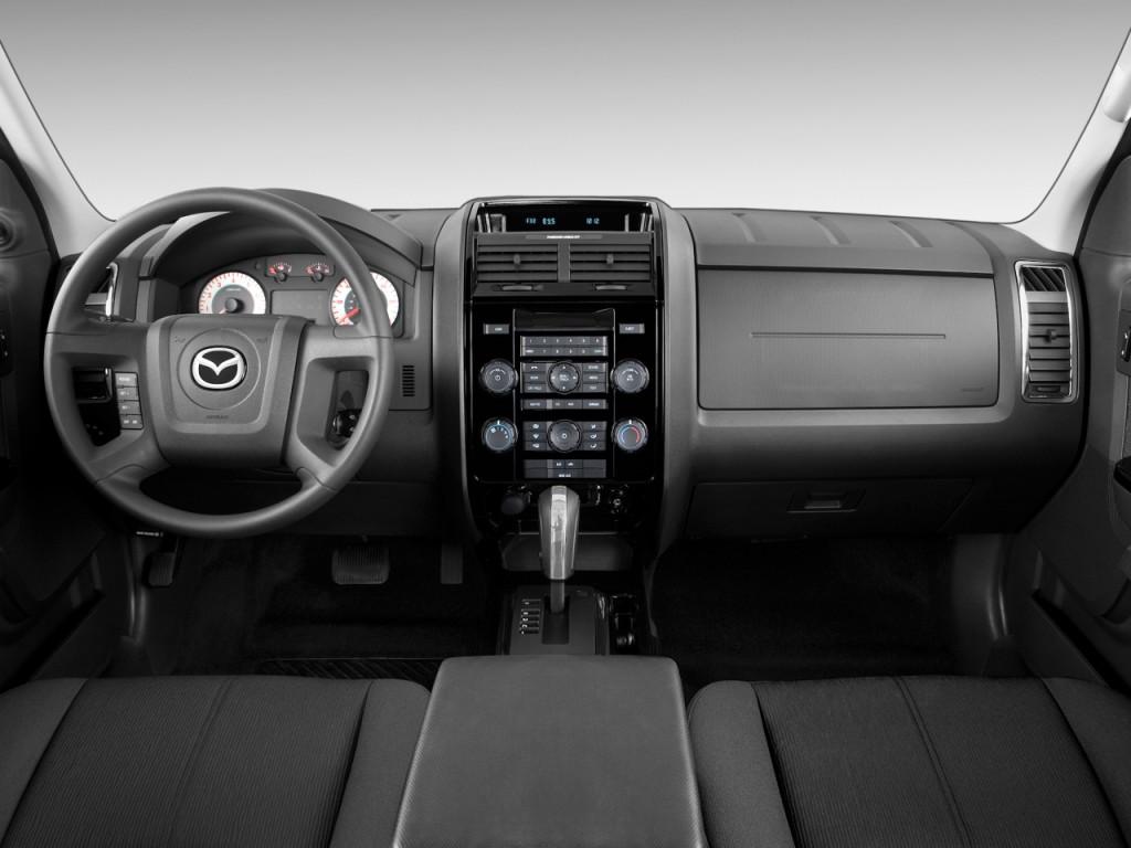 Image: 2010 Mazda Tribute FWD I4 Auto Sport Dashboard ...
