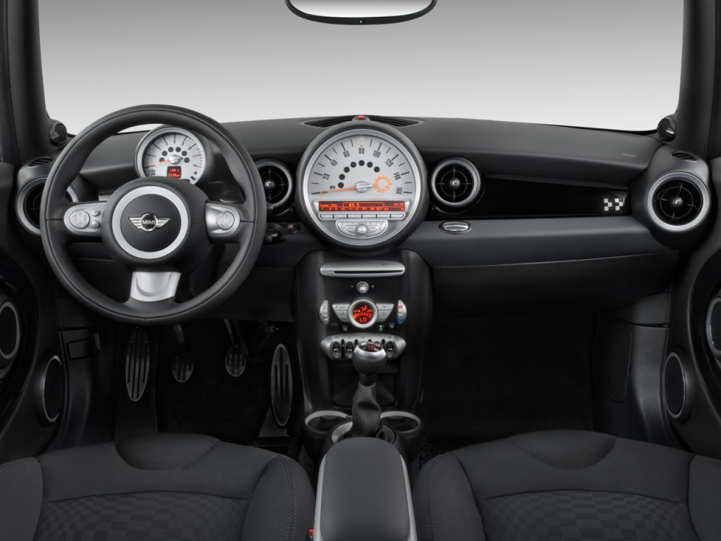 Image: 2010 MINI Cooper Hardtop 2-door Coupe John Cooper ...