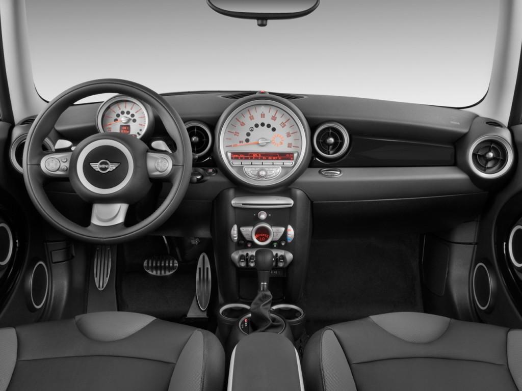 2010 Mini Cooper Hardtop 2 Door Coupe S Dashboard