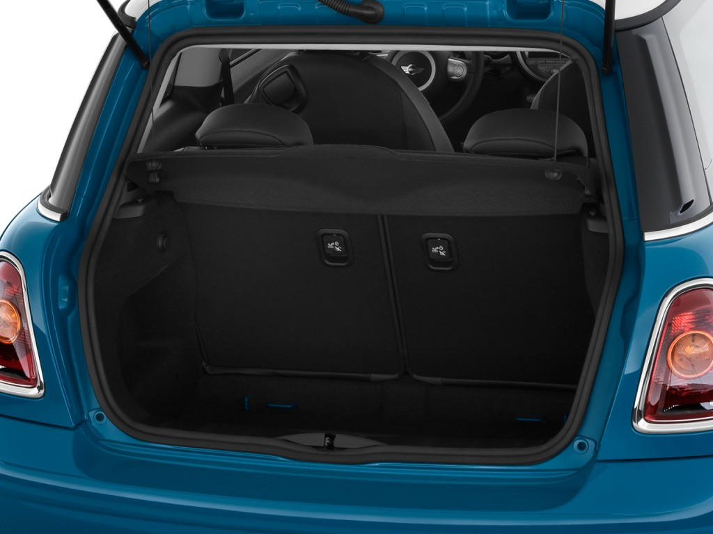 image 2010 mini cooper hardtop 2 door coupe trunk size. Black Bedroom Furniture Sets. Home Design Ideas