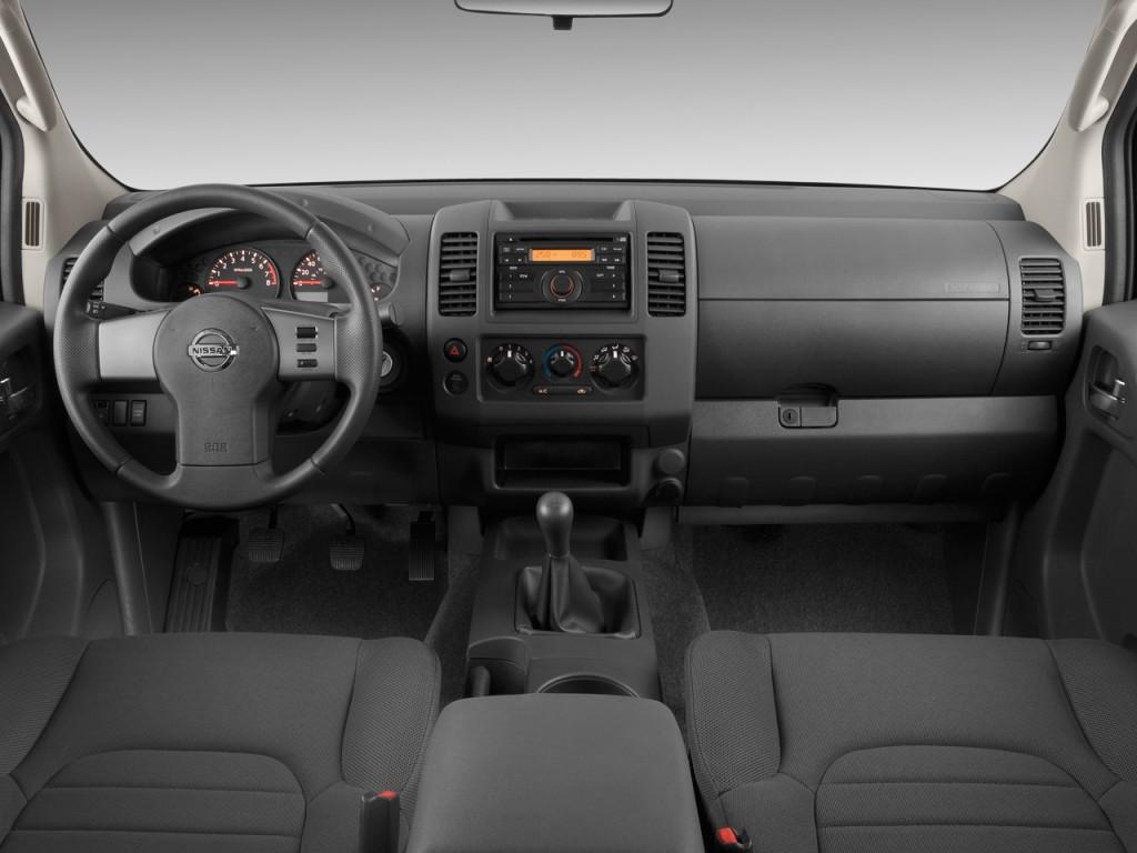 Image: 2010 Nissan Frontier 2WD King Cab I4 Man SE ...