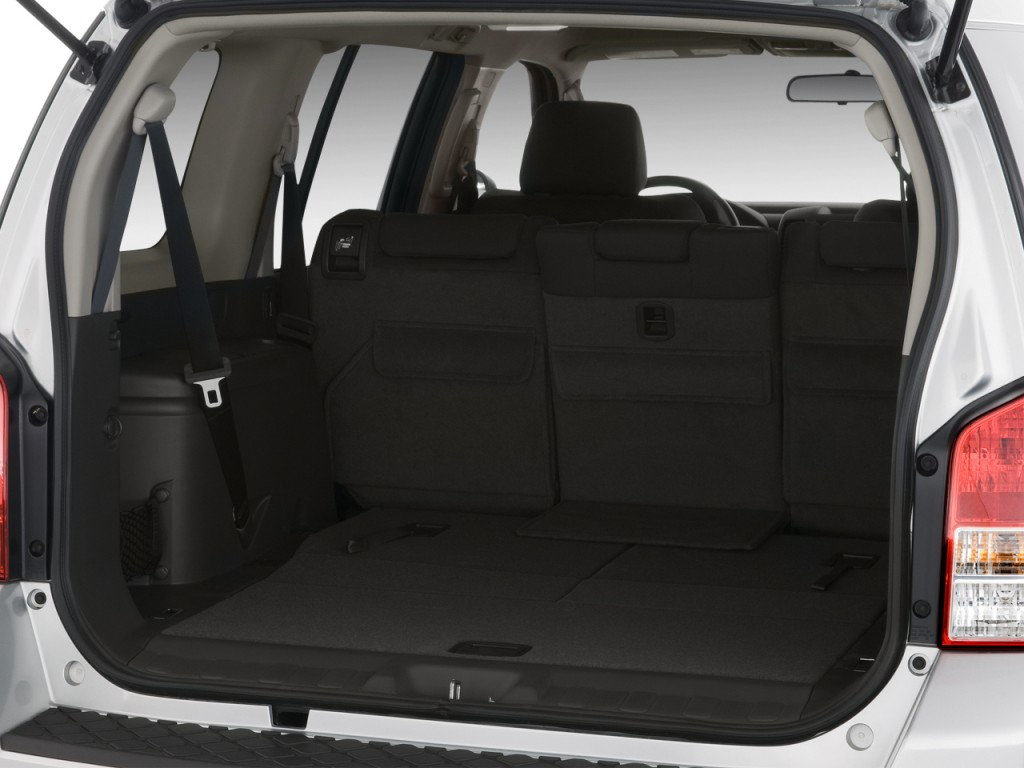 Image: 2010 Nissan Pathfinder 2WD 4-door V6 SE Trunk, size ...