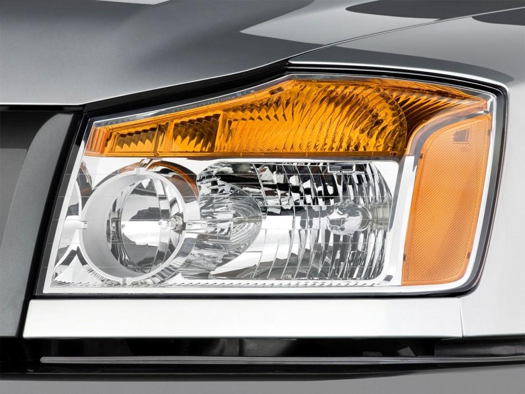 Image 2010 Nissan Titan 2wd King Cab Swb Xe Headlight