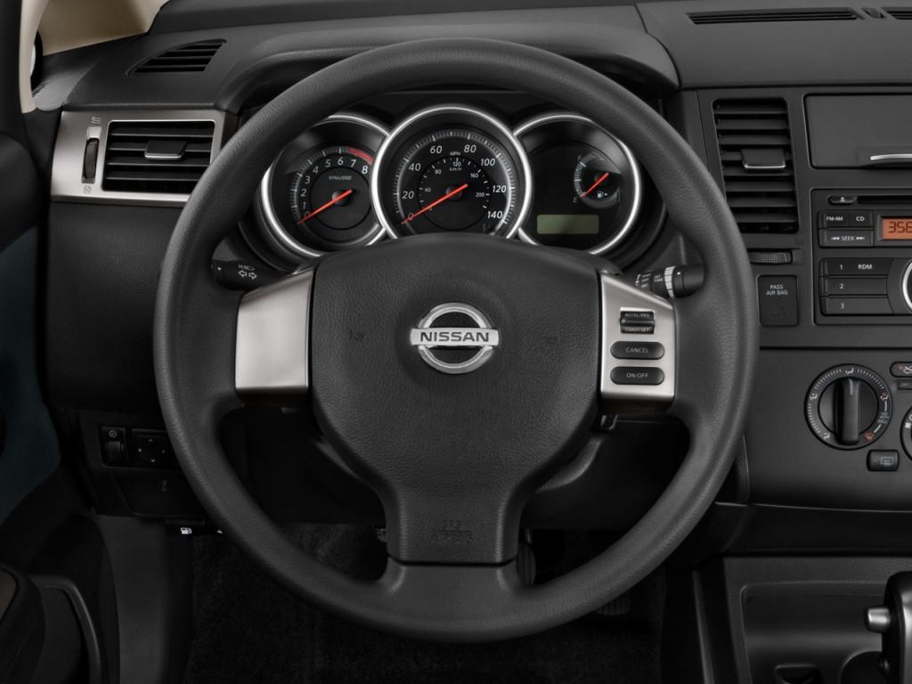 image 2010 nissan versa 4 door sedan i4 auto 1 8 s steering wheel size 1024 x 768 type gif. Black Bedroom Furniture Sets. Home Design Ideas