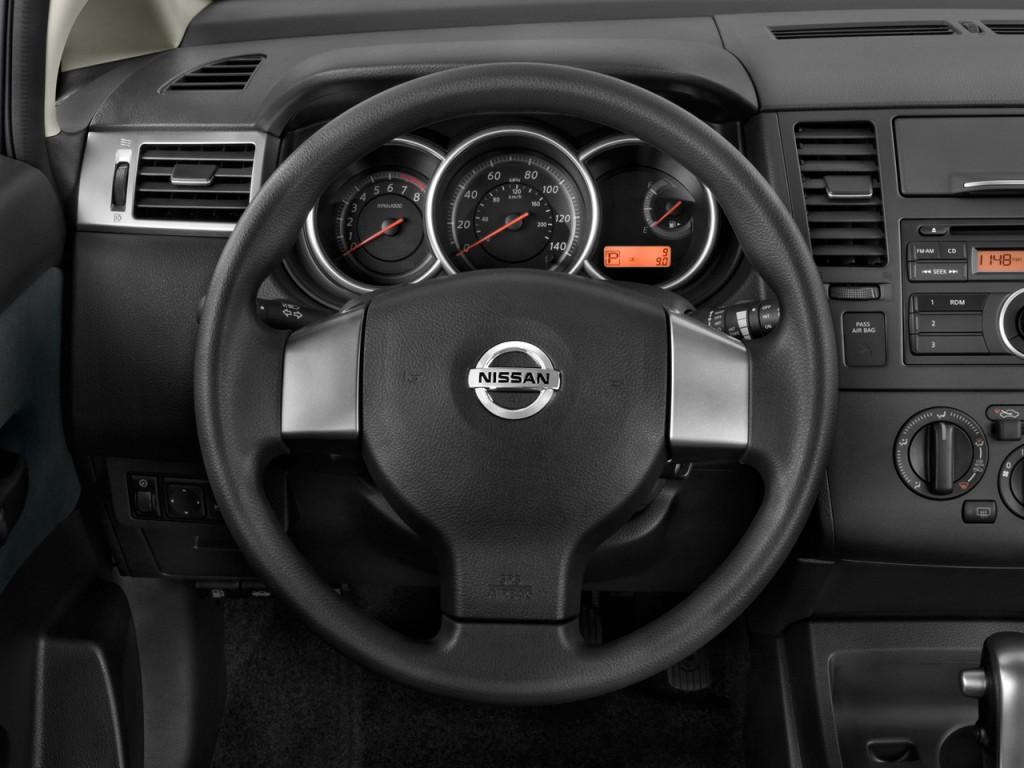 image 2010 nissan versa 5dr hb i4 auto 1 8 s steering wheel size 1024 x 768 type gif. Black Bedroom Furniture Sets. Home Design Ideas