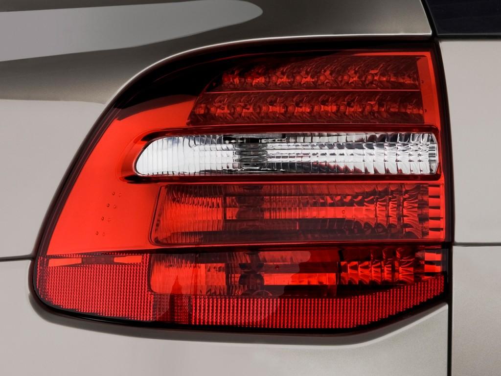 Image: 2010 Porsche Cayenne AWD 4-door Turbo Tail Light ...
