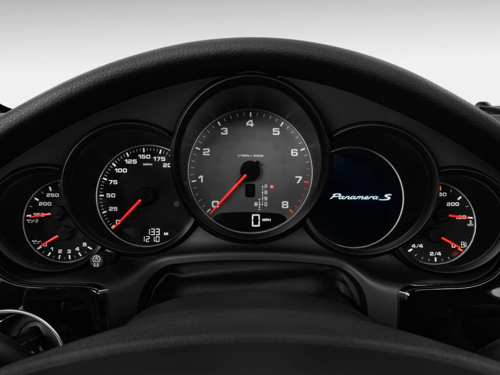 Image: 2010 Porsche Panamera 4-door HB 4S Instrument ...
