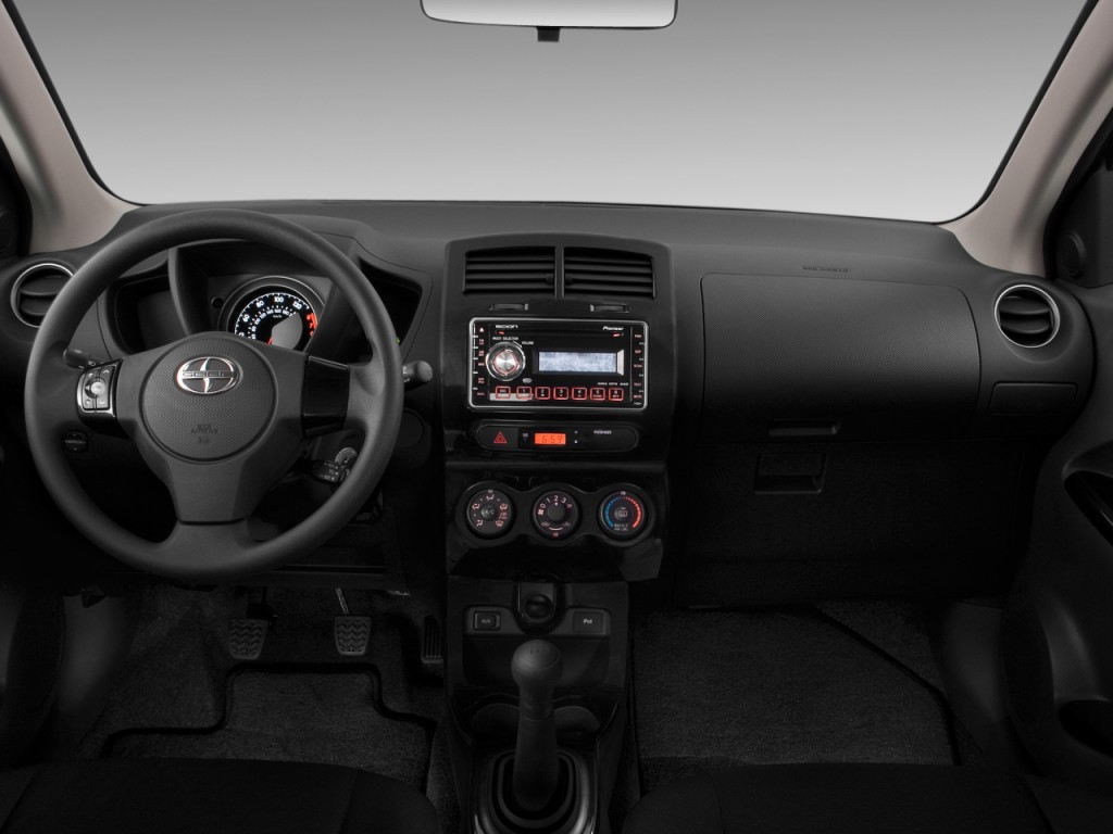 Image: 2010 Scion xD 5dr HB Man (Natl) Dashboard, size ...