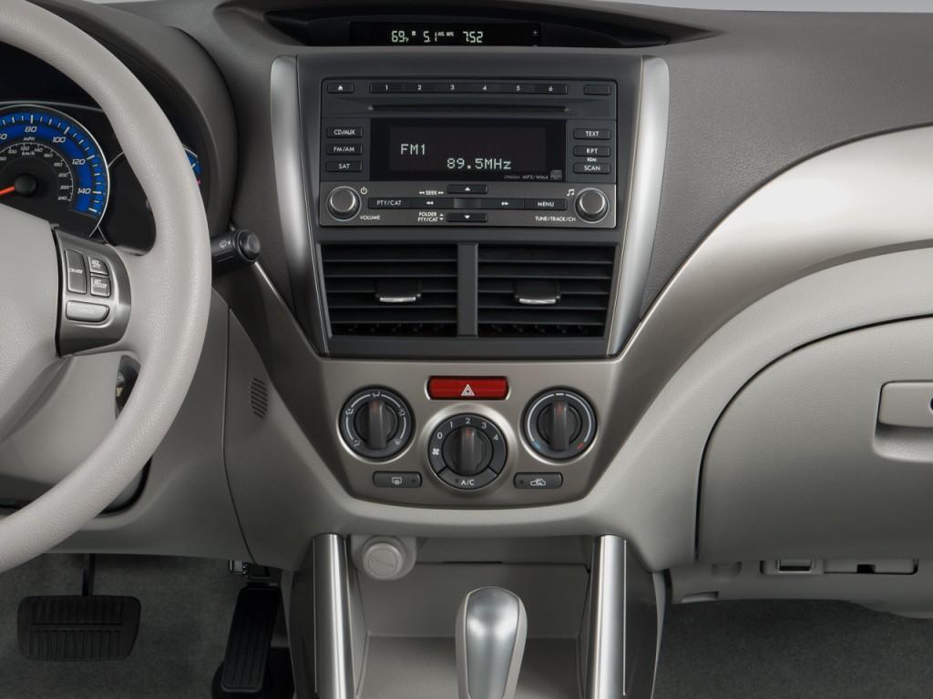 2010 Subaru Forester 4-door Auto X Instrument Panel
