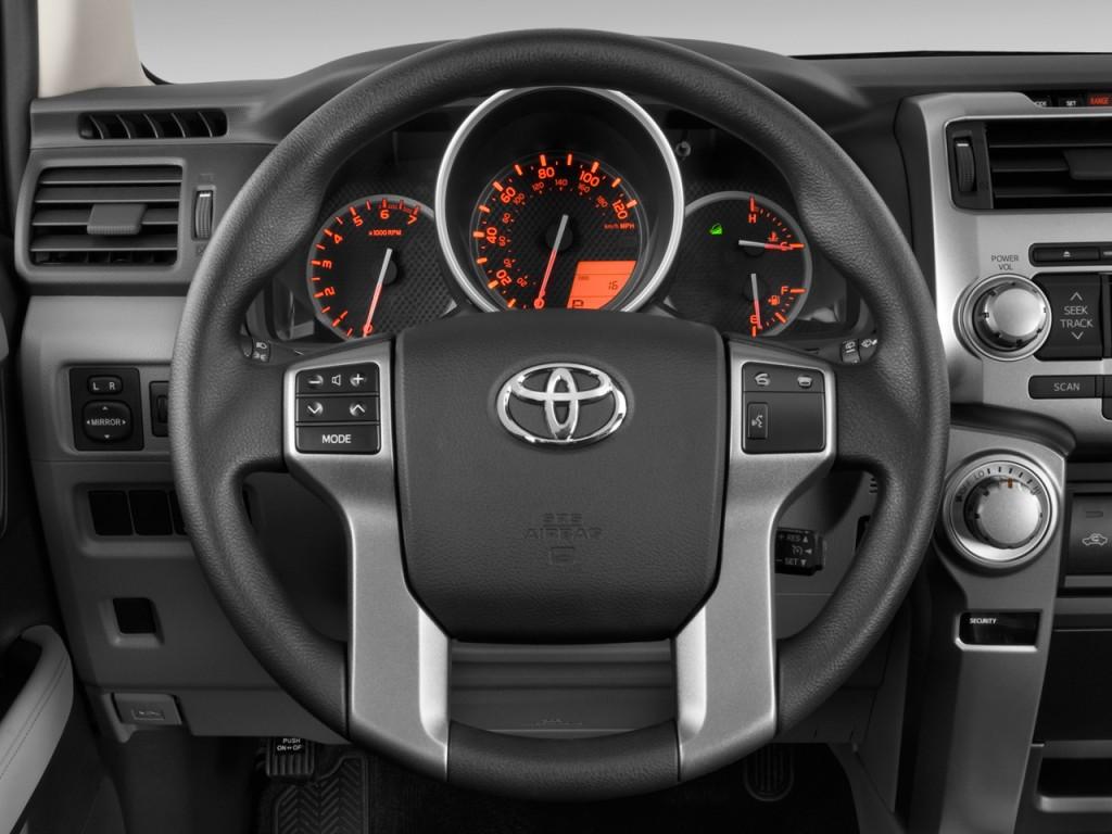image 2010 toyota 4runner 4wd 4 door v6 sr5 natl steering wheel size 1024 x 768 type gif. Black Bedroom Furniture Sets. Home Design Ideas