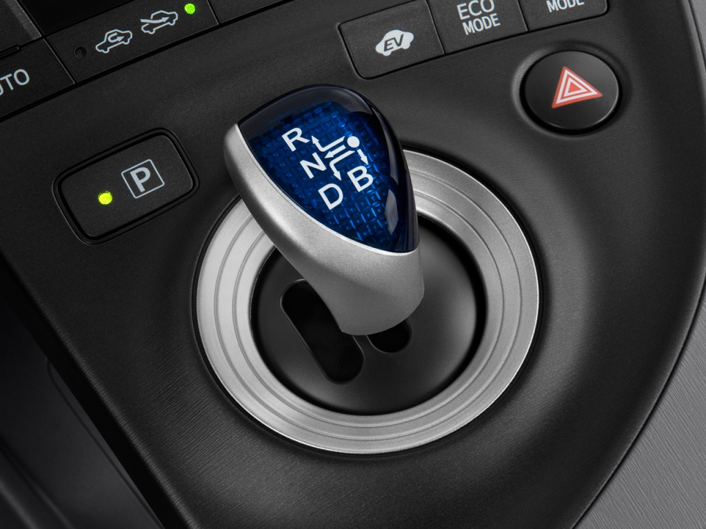 Image: 2010 Toyota Prius 5dr HB II (Natl) Gear Shift, size ...