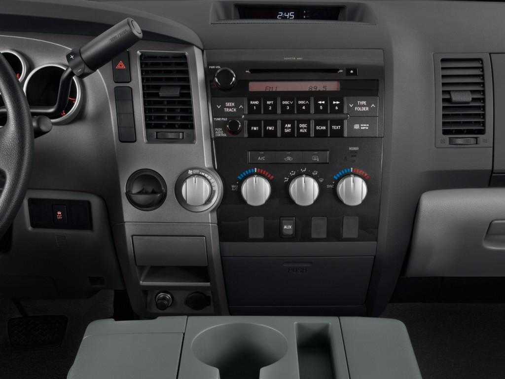 Image: 2010 Toyota Tundra Dbl 4.6L V8 6-Spd AT Grade (Natl ...