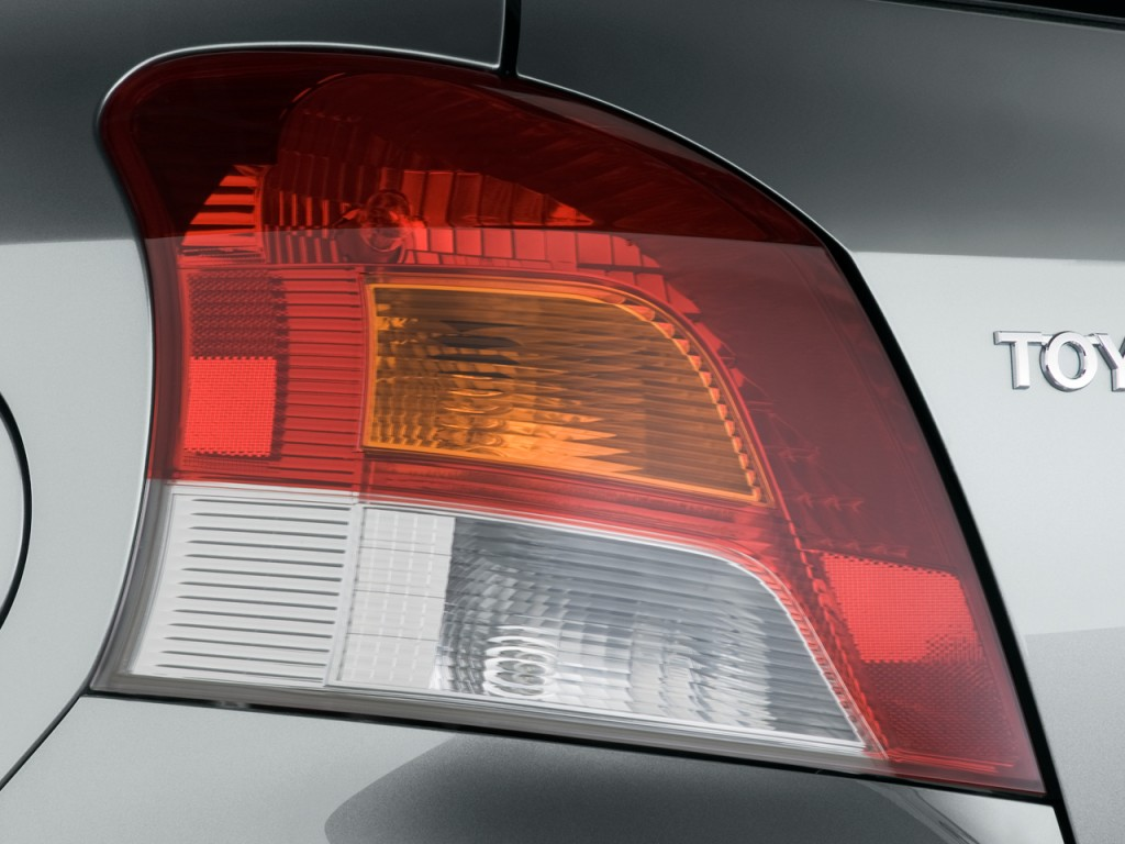 2010 Toyota Yaris 3dr LB Auto (Natl) Tail Light