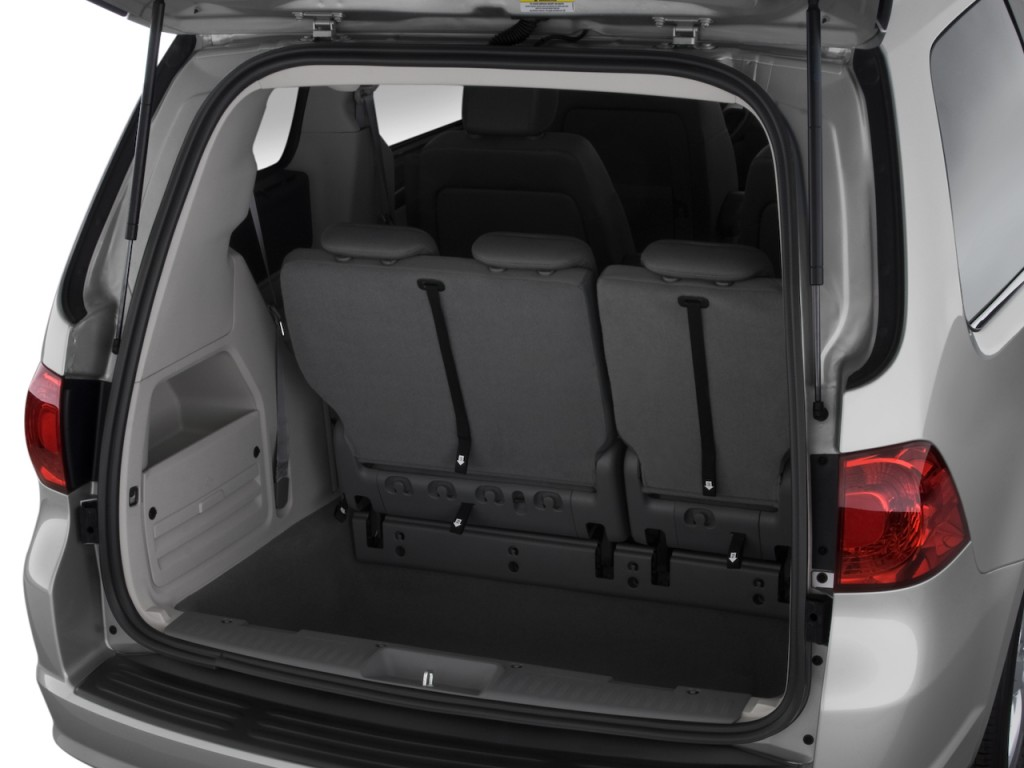 image 2010 volkswagen routan 4 door wagon se trunk size. Black Bedroom Furniture Sets. Home Design Ideas