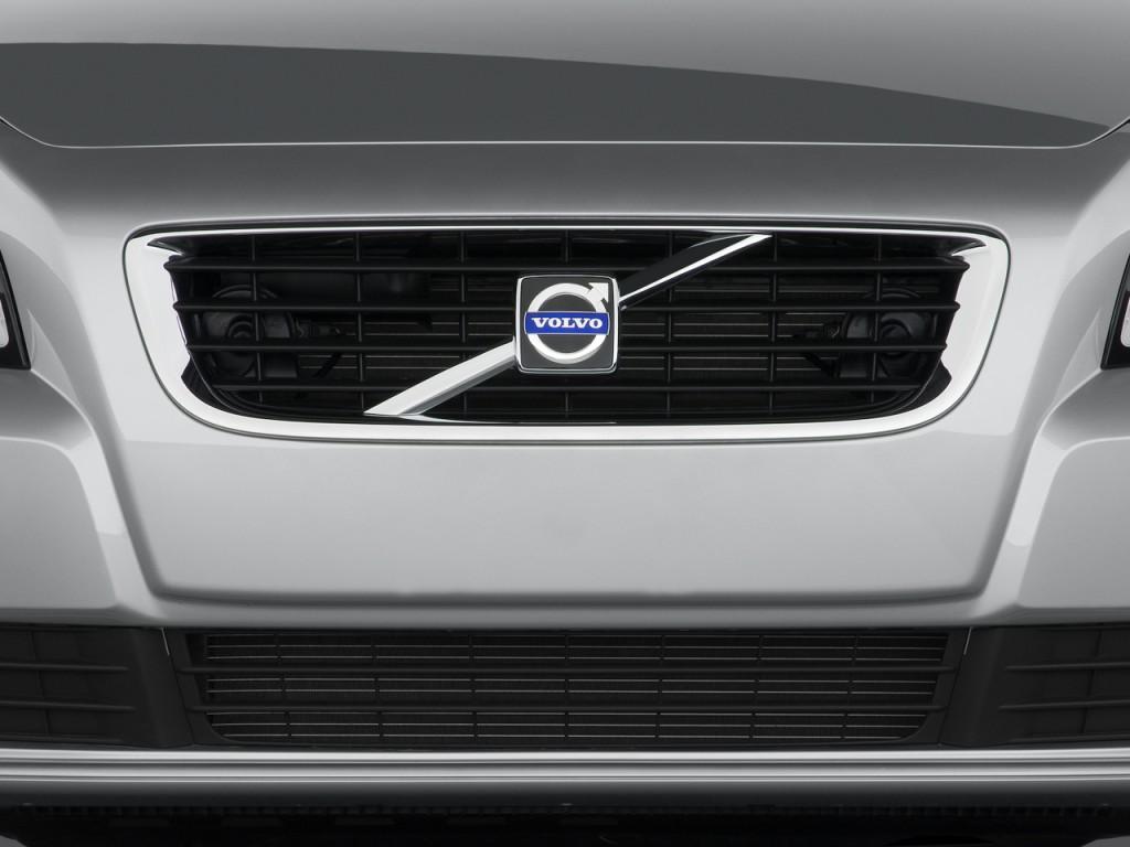 image 2010 volvo s40 4 door sedan man fwd grille size. Black Bedroom Furniture Sets. Home Design Ideas