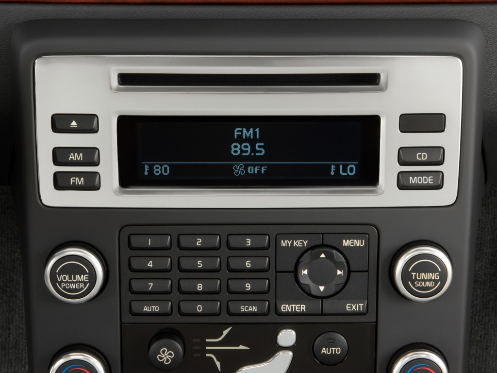 Image: 2010 Volvo V70 4-door Wagon Audio System, size: 1024 x 768, type: gif, posted on ...