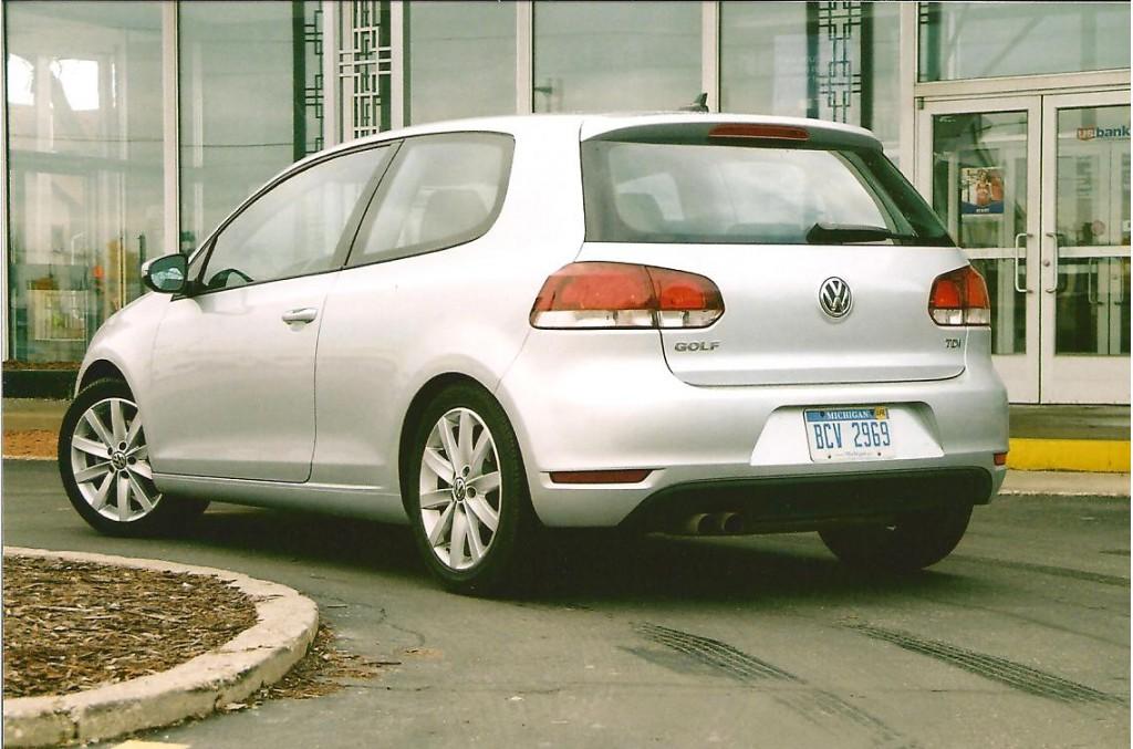 2010 VW Golf:  Fill'er Up!