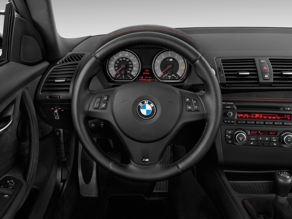 Image 2011 Bmw 1 Series M 2 Door Coupe Steering Wheel Size 1024 X 768 Type Gif Posted On