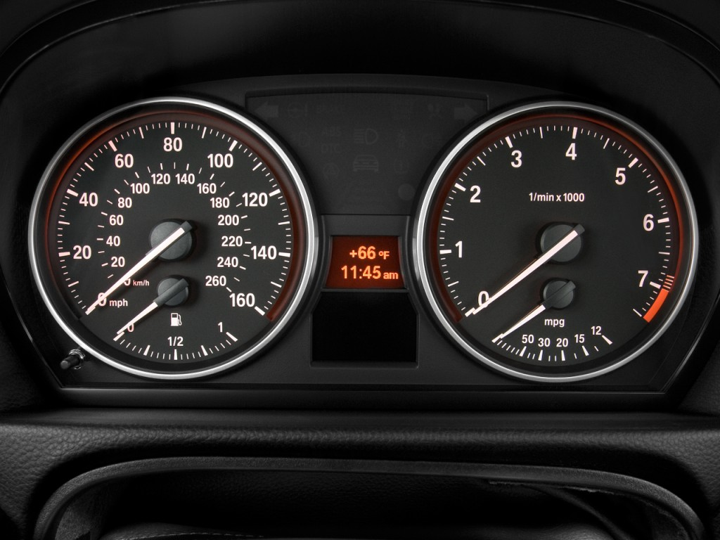 Image 2011 Bmw 3 Series 4 Door Sedan 328i Rwd Instrument