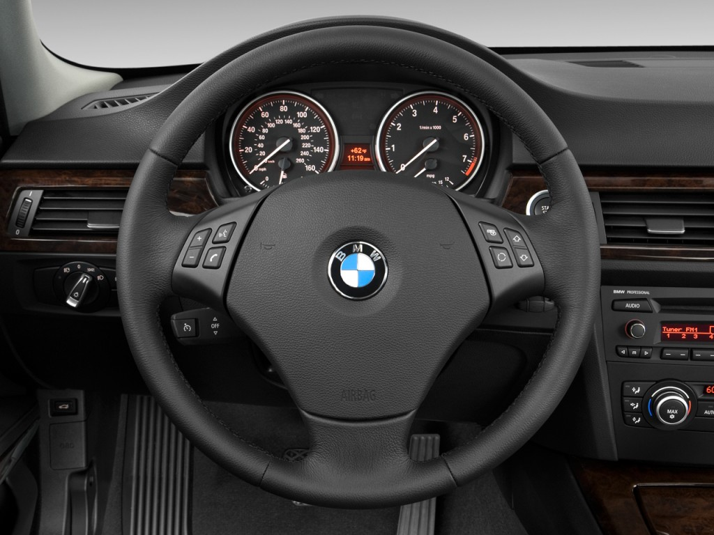 Image 2011 Bmw 3 Series 4 Door Sedan 328i Rwd Steering Wheel Size 1024 X 768 Type Gif