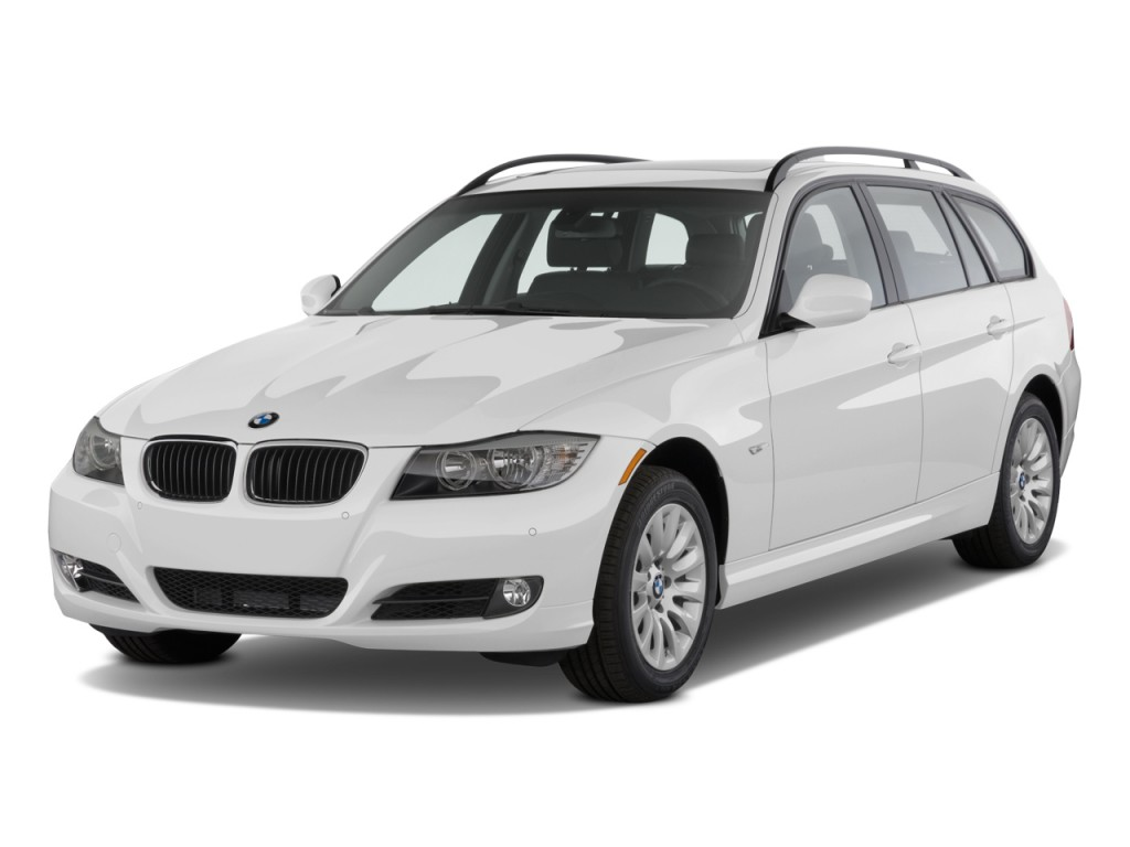 2011 BMW 3-Series 4-door Sports Wagon 328i xDrive AWD Angular Front Exterior View