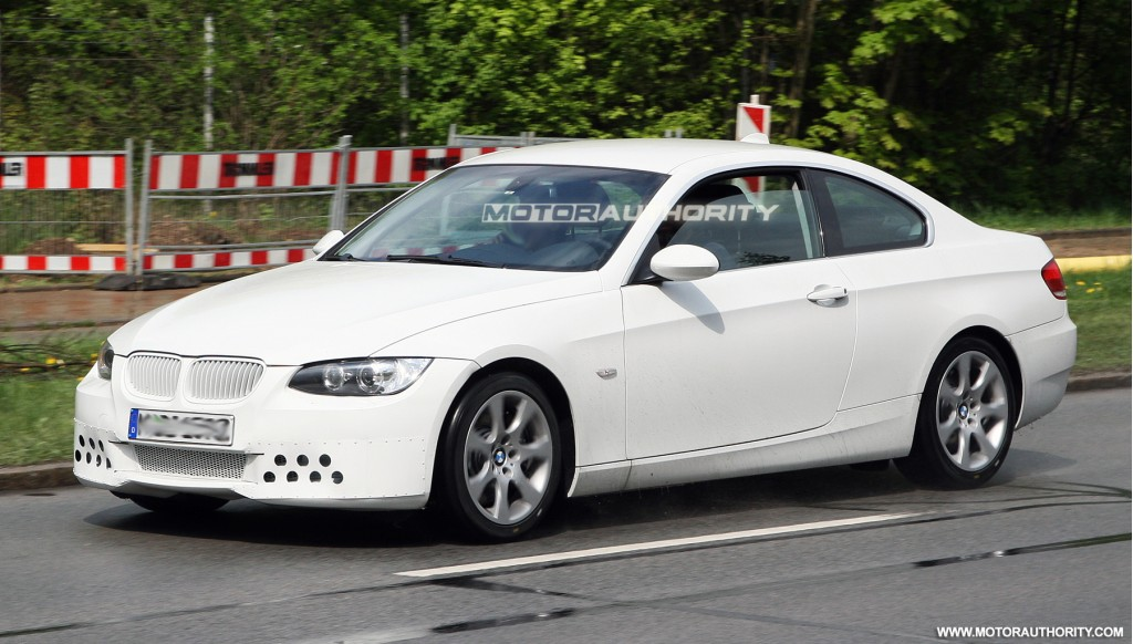 Image: 2011 bmw 3 series coupe facelift 002, size: 1024 x 582, type ...