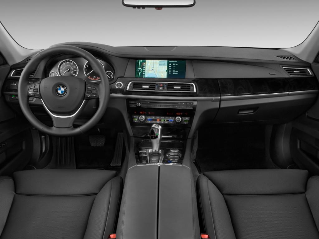 Image: 2011 BMW 7-Series 4-door Sedan 750i RWD Dashboard ...