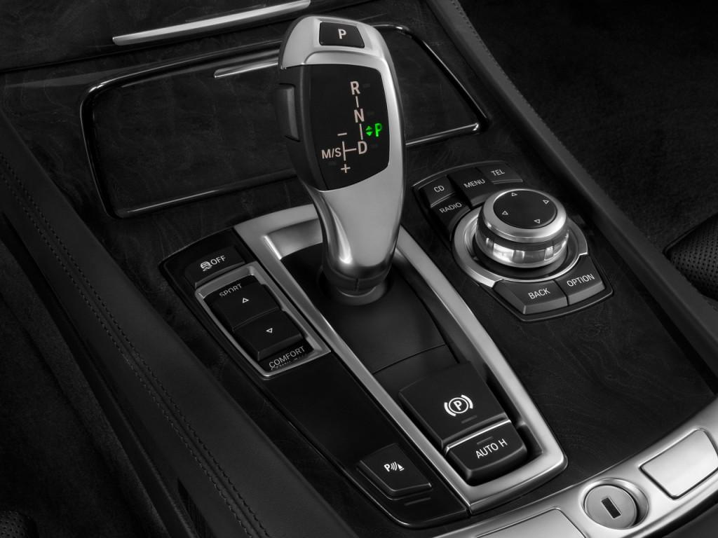 image  bmw  series  door sedan  rwd gear shift size    type gif posted
