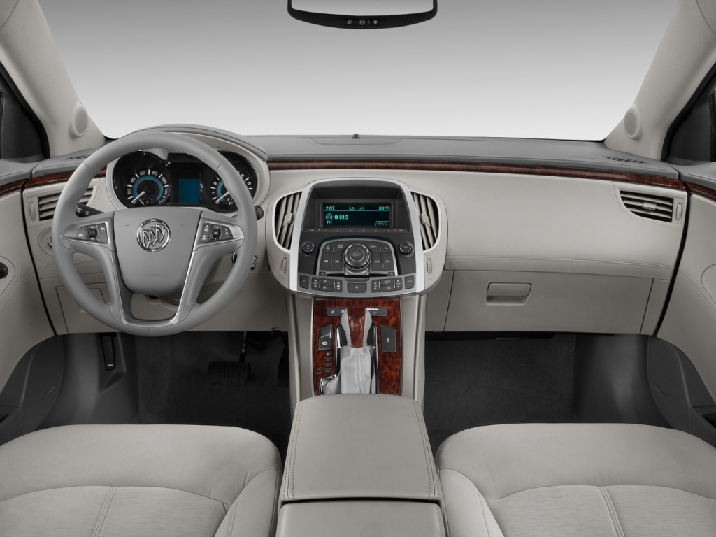 2011 Buick LaCrosse 4-door Sedan CX Dashboard