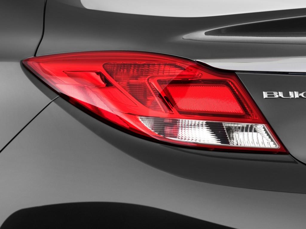 Image: 2011 Buick Regal 4-door Sedan CXL RL3 Tail Light ...