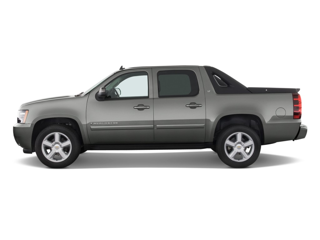 2017 Chevrolet Avalanche Chevy Review Ratings Specs Prices And Photos The Car Connection