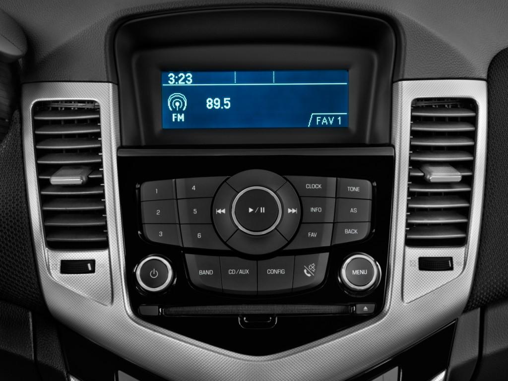 Image 2011 Chevrolet Cruze 4 Door Sedan Ltz Audio System