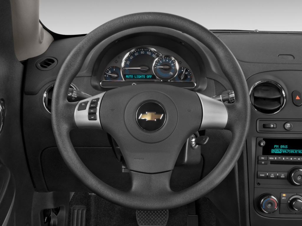 Image: 2011 Chevrolet HHR FWD 4-door LS Steering Wheel ...