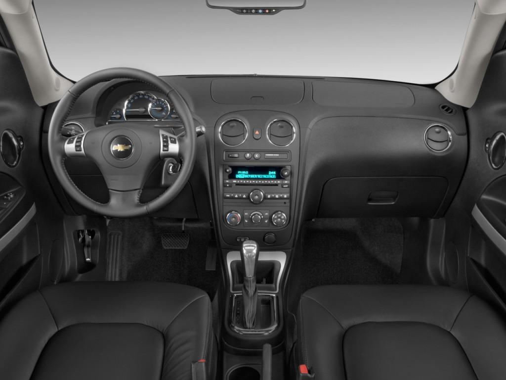 Image 2011 Chevrolet Hhr Fwd 4 Door Lt W 1lt Dashboard