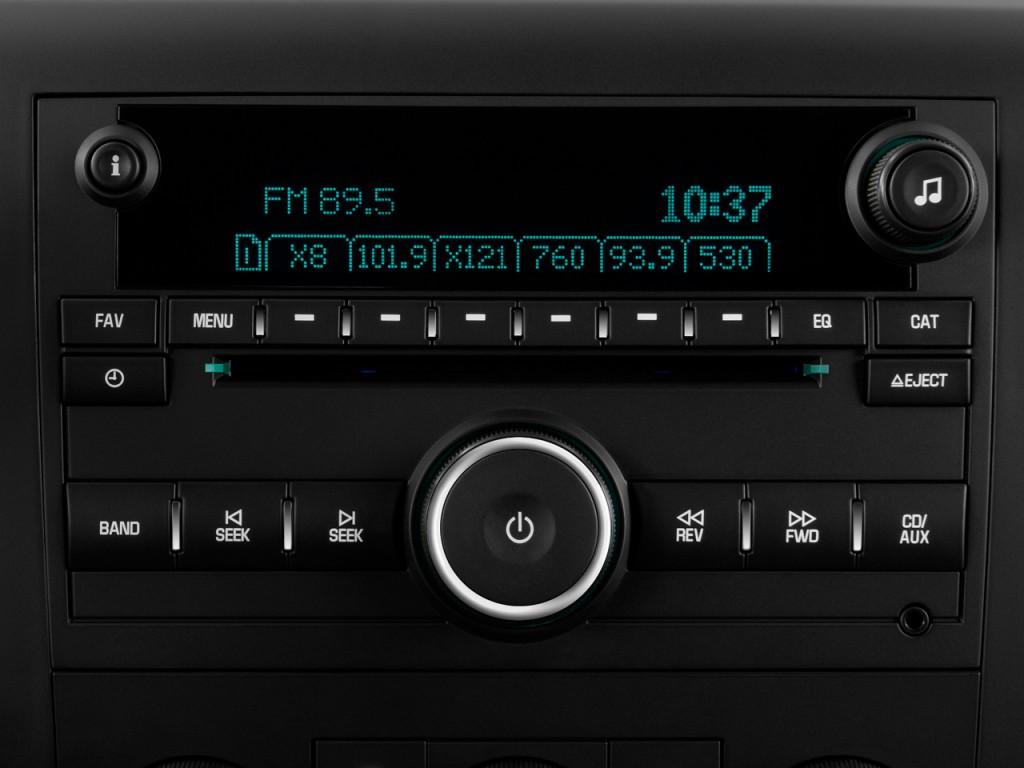 """Image: 2011 Chevrolet Silverado 1500 2WD Reg Cab 133.0"""" LT ..."""