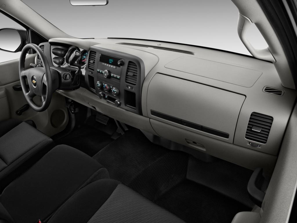 Image: 2011 Chevrolet Silverado 2500HD 2WD Reg Cab 133.7 ...