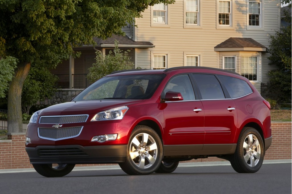 2011 Chevrolet Traverse, GMC Acadia, Buick Enclave Earn Top Safety
