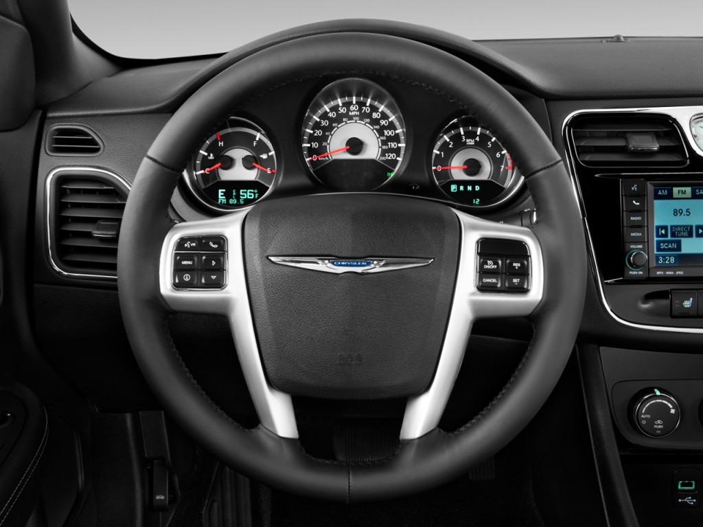 Image 2011 Chrysler 200 Steering Wheel Size 1024 X 768 Type Gif Posted On March 31 2011