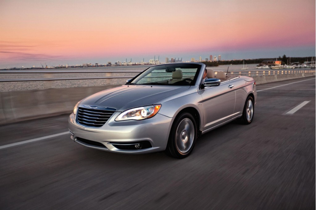 Chrysler 200 Convertible Photographer Posts Rant On Facebook