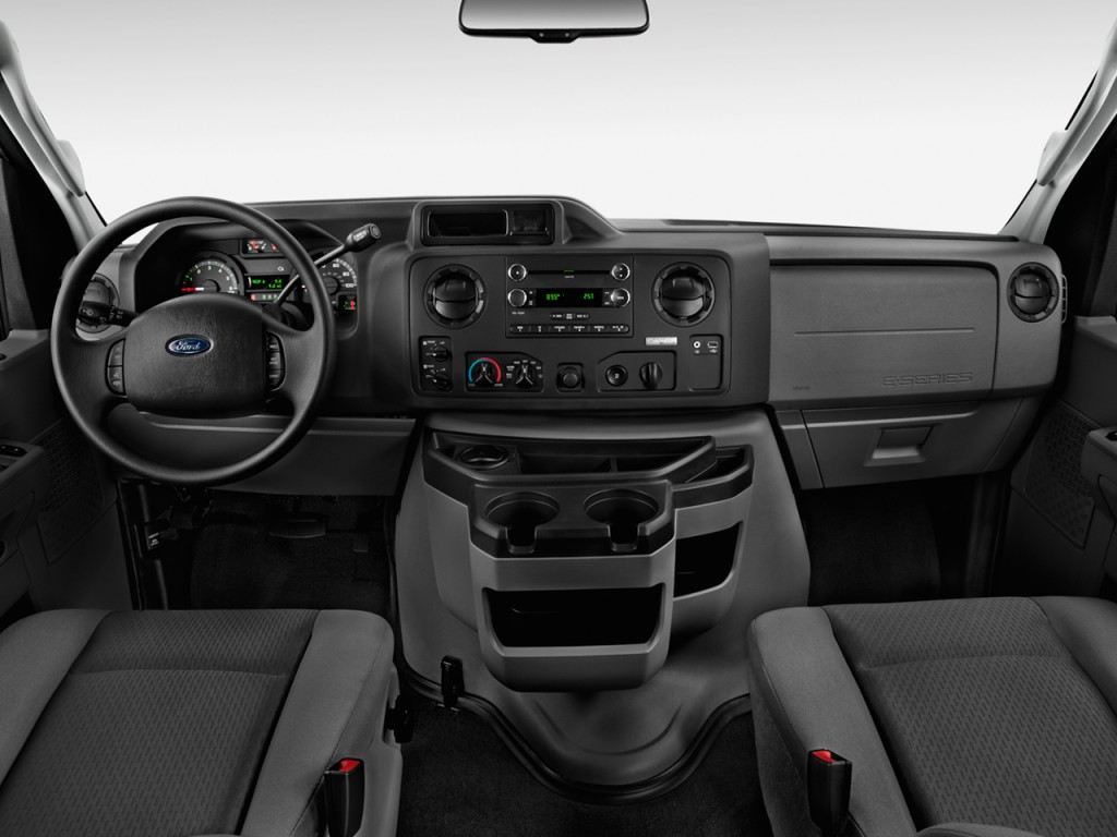 Ford Econoline Wagon E Xlt Dashboard L